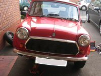 Mini tilted to allow oil to seep into steering rack